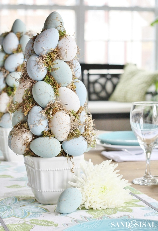 Easter-Egg-Topiary-Tree